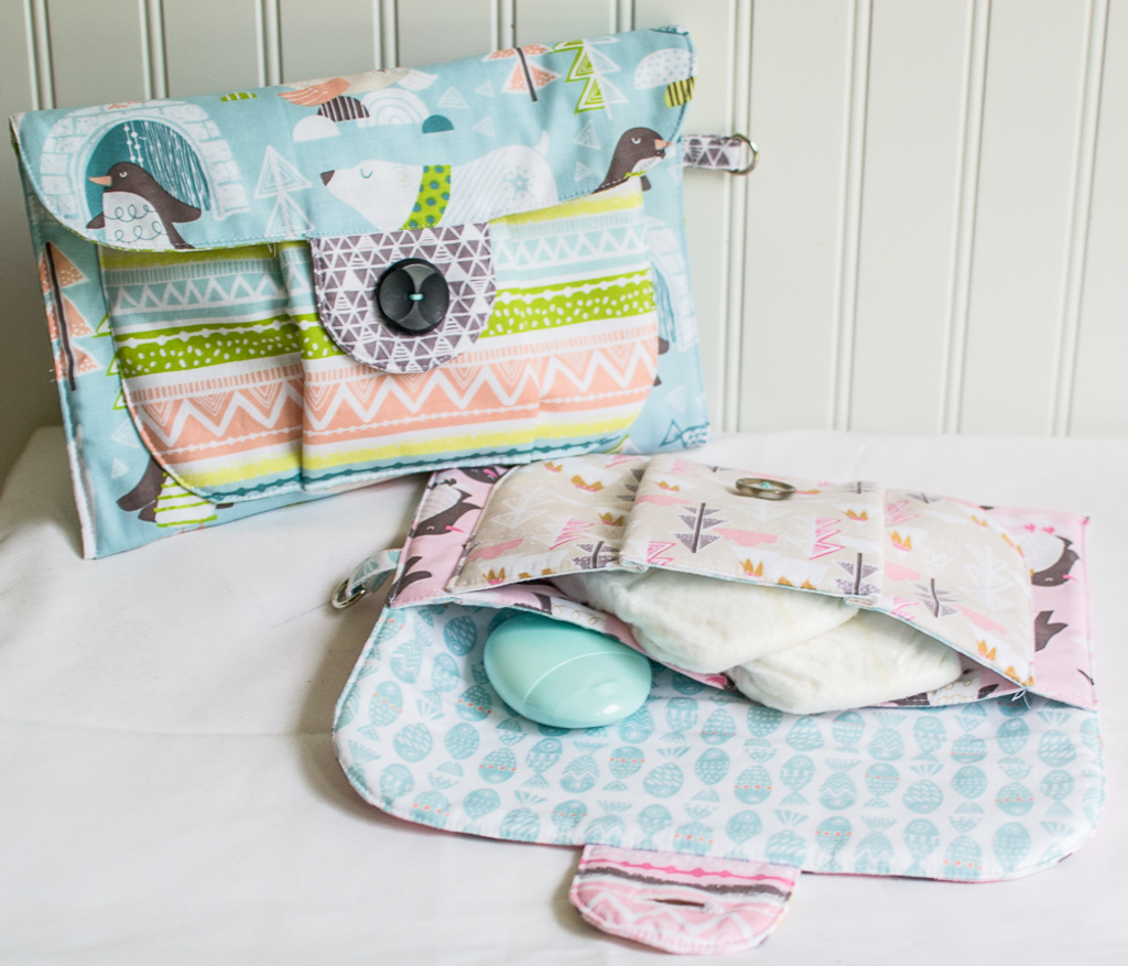 Big Pocket Baby Pouch Shower Gift {free pattern + tutorial