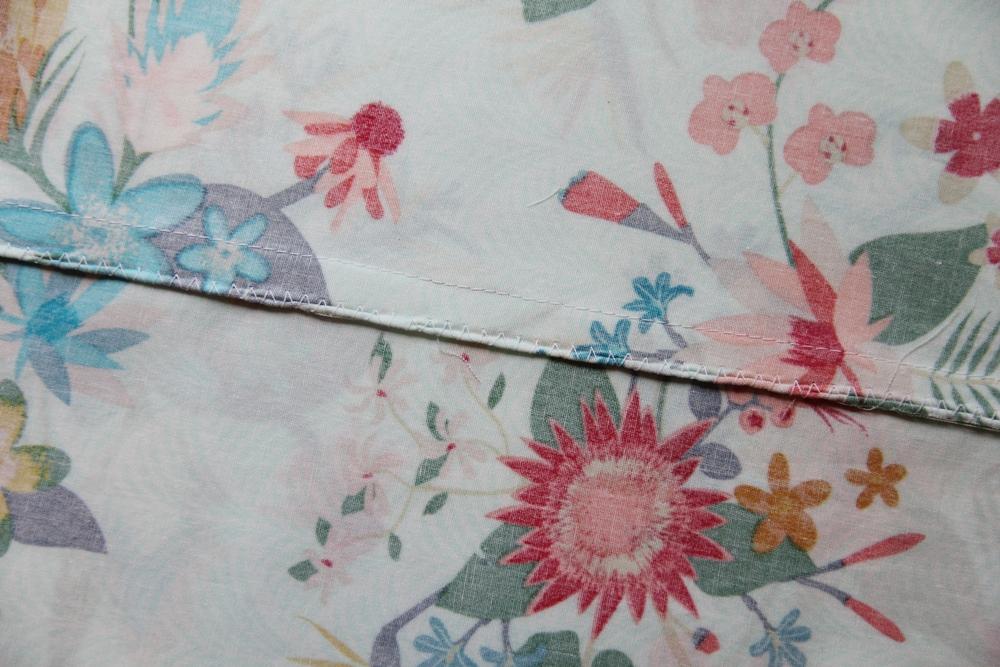 5. Side seams finished with zigzag stitch.JPG