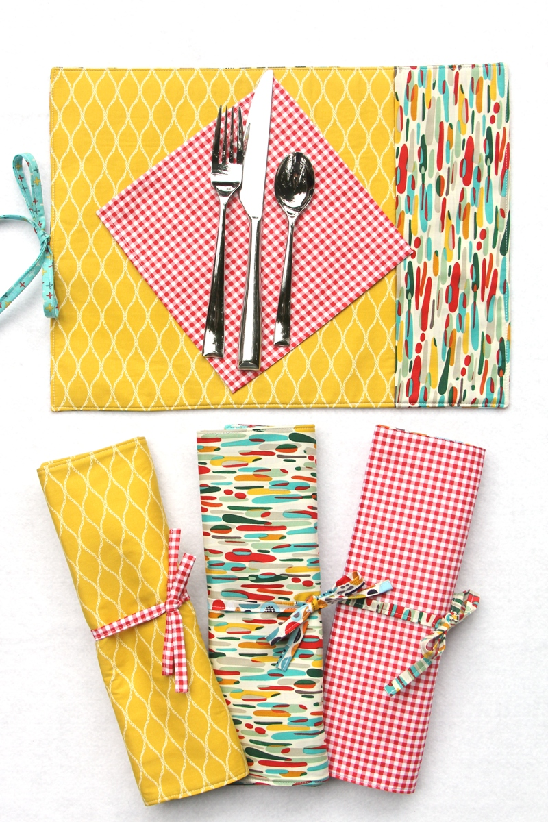 Roll-Up Party Placemats from Crafty Staci for SewCanShe 4.JPG