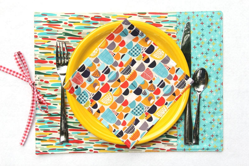 Roll-Up Party Placemats from Crafty Staci for SewCanShe 3.JPG