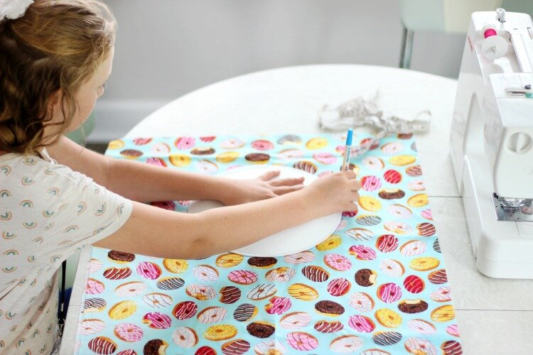 kids-laundry-bag-sewing-tutorial_9.jpg