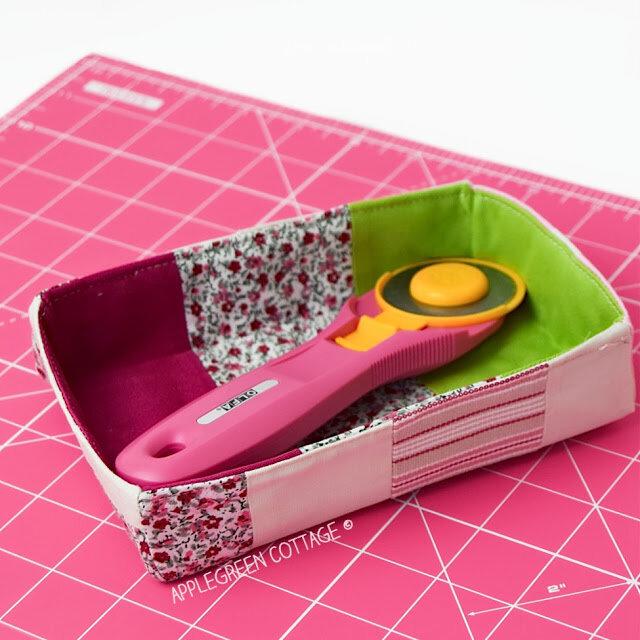 https://www.sewcanshe.com/blog/2019/3/28/friday-spotlight-damjanas-cute-pencil-holder-in-3-handy-sizes