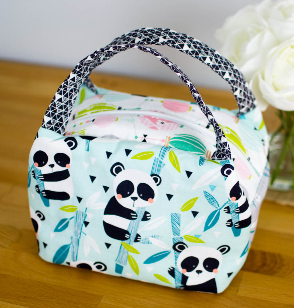 https://www.sewcanshe.com/blog/2017/5/5/show-off-saturday-a-new-chubby-lunch-tote-in-panda-rama