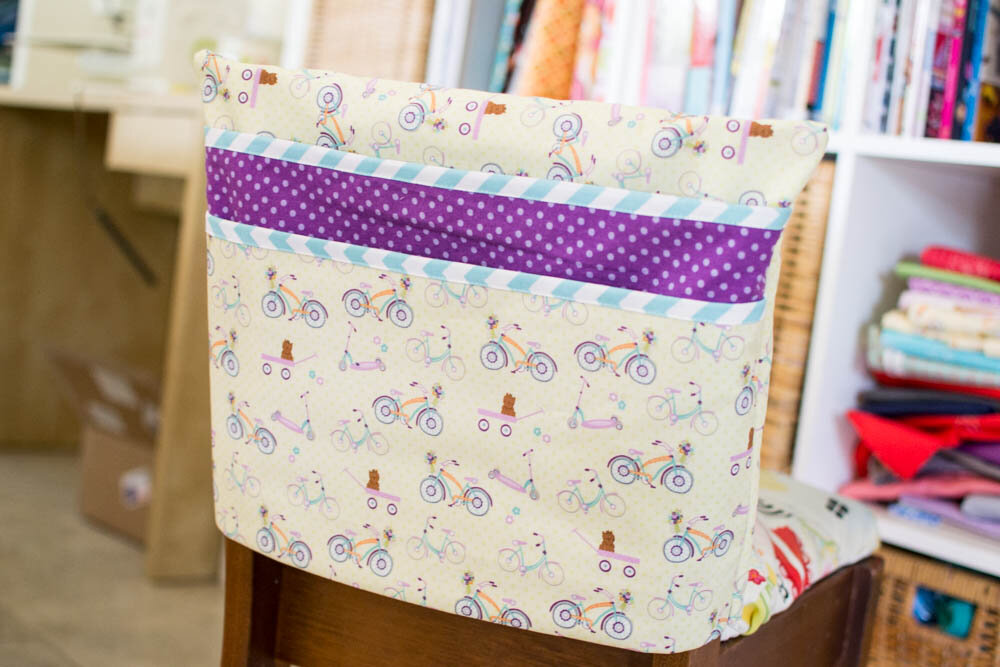 https://www.sewcanshe.com/blog/2015/8/30/sew-chair-pockets-for-a-classroom-the-fast-easy-way