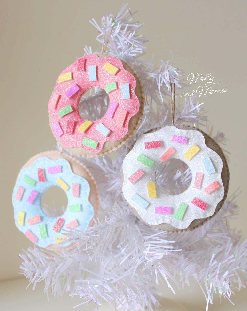 Christmas-Donut-Hanging-Ornaments.jpg