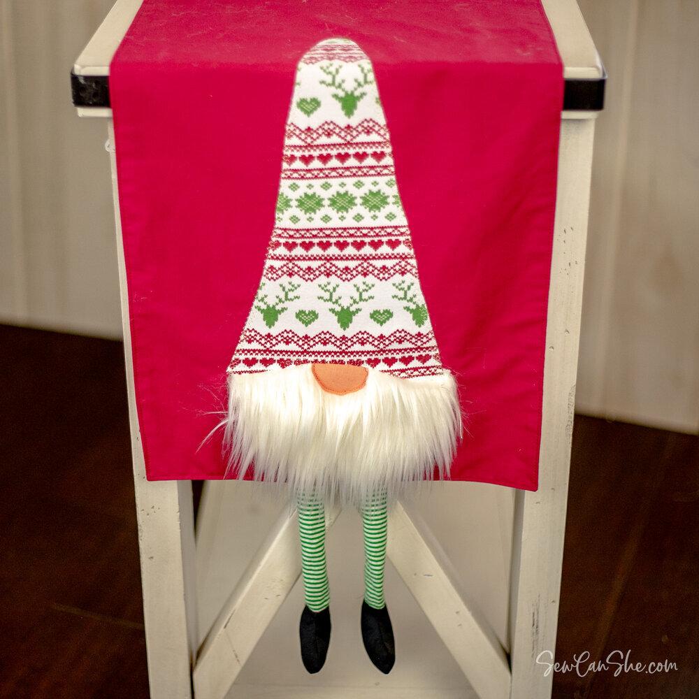 gnome table runner.jpg
