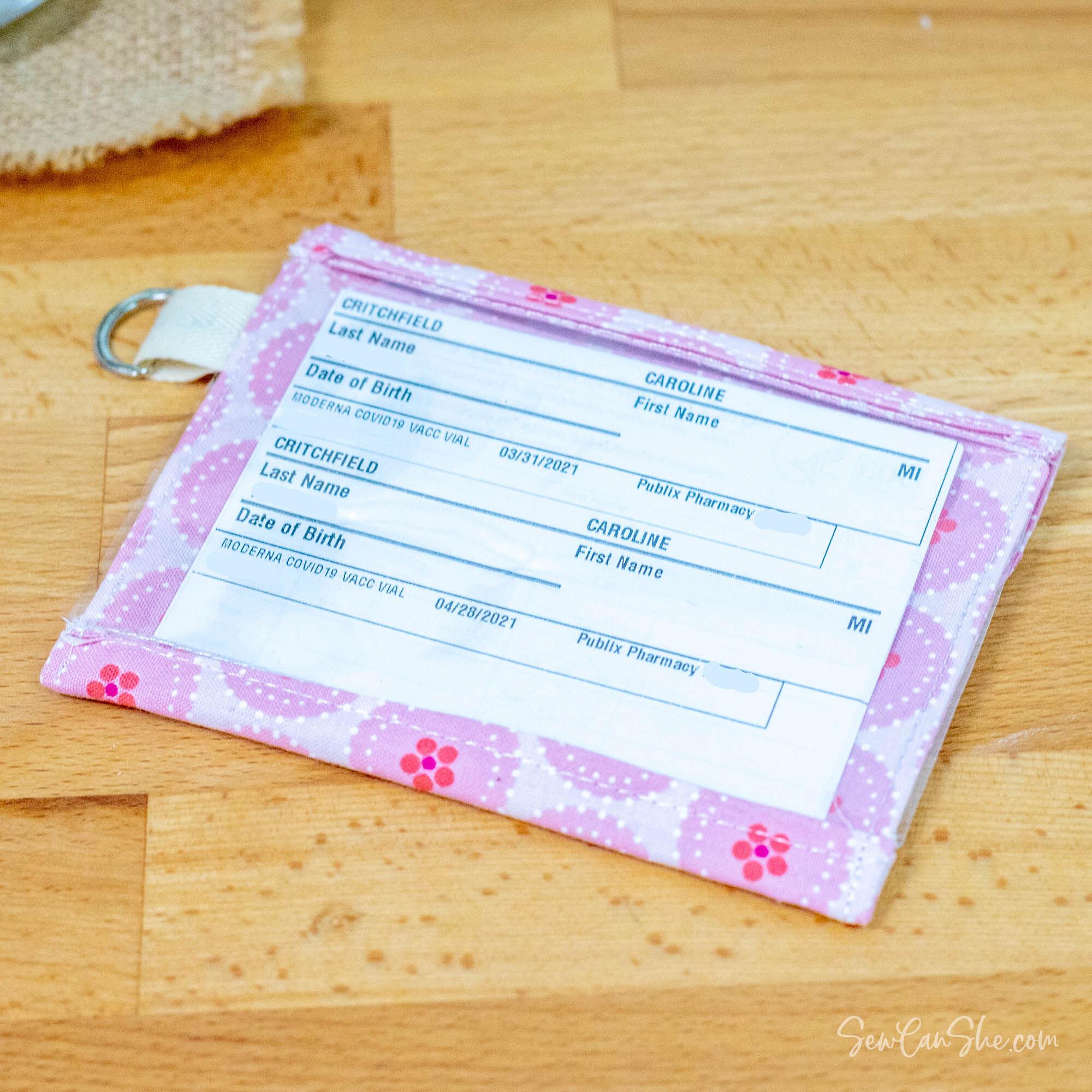 vaccine card wallet 1.jpg