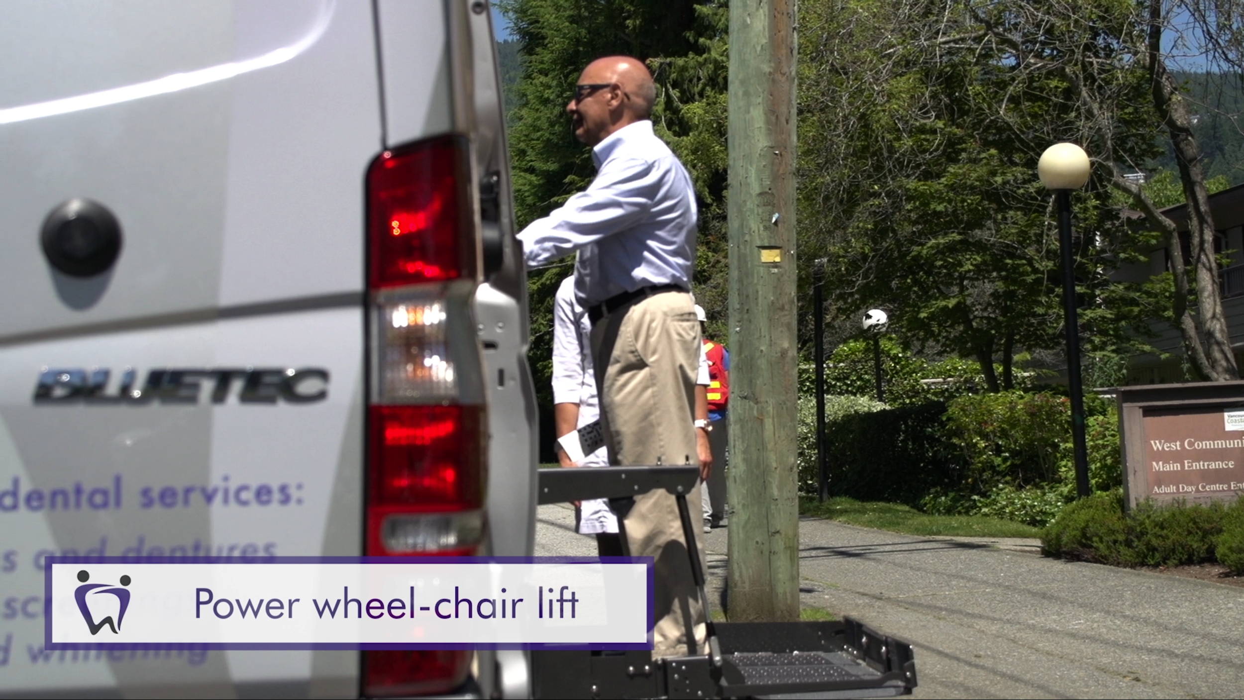 Power wheel chair lift