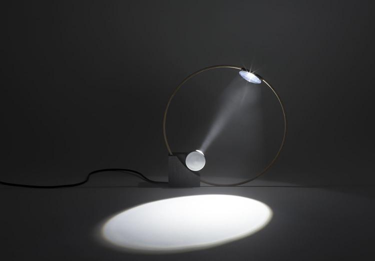 CircleLight3.jpg