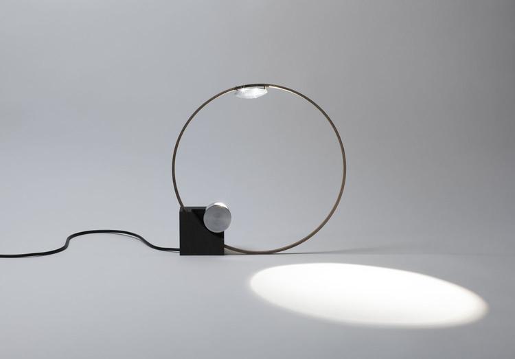 CircleLight5.jpg