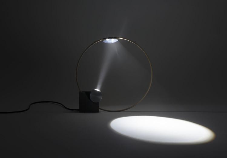 CircleLight6.jpg