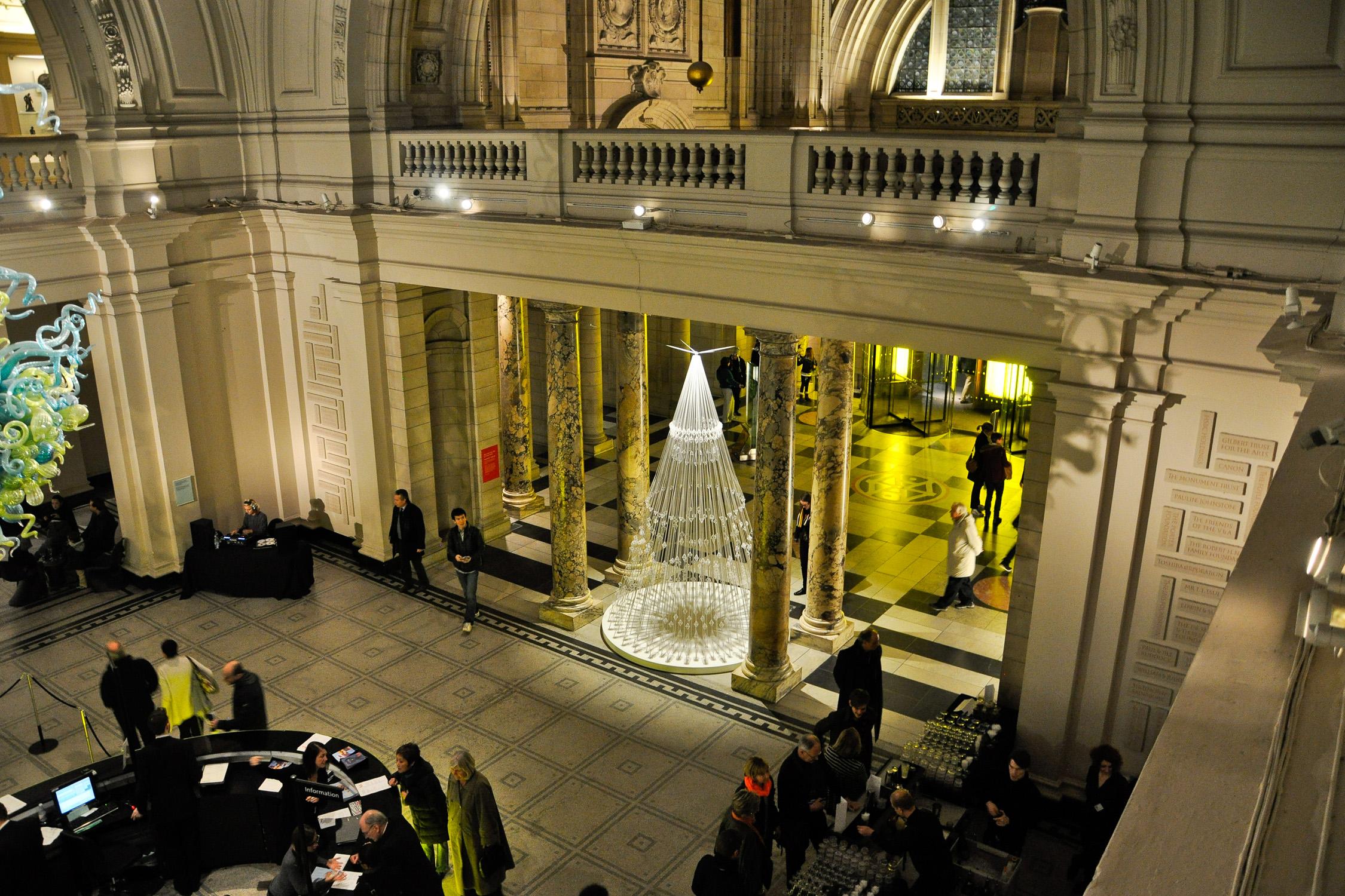 SR_V&A Christmas Tree_Main Hall View.jpg