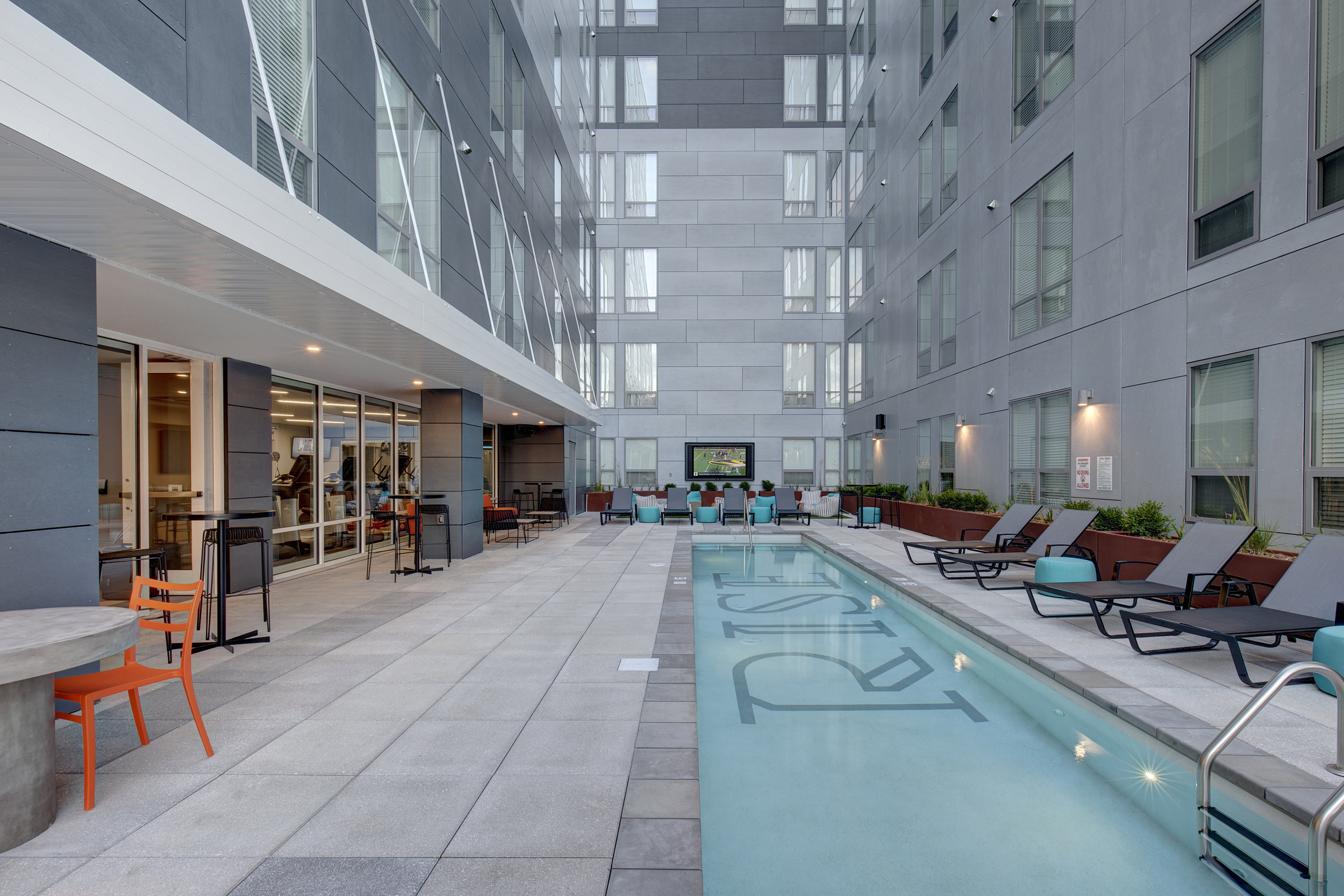 RES_RISE ON 9TH EXTERIOR COURTYARD_POOL.jpg