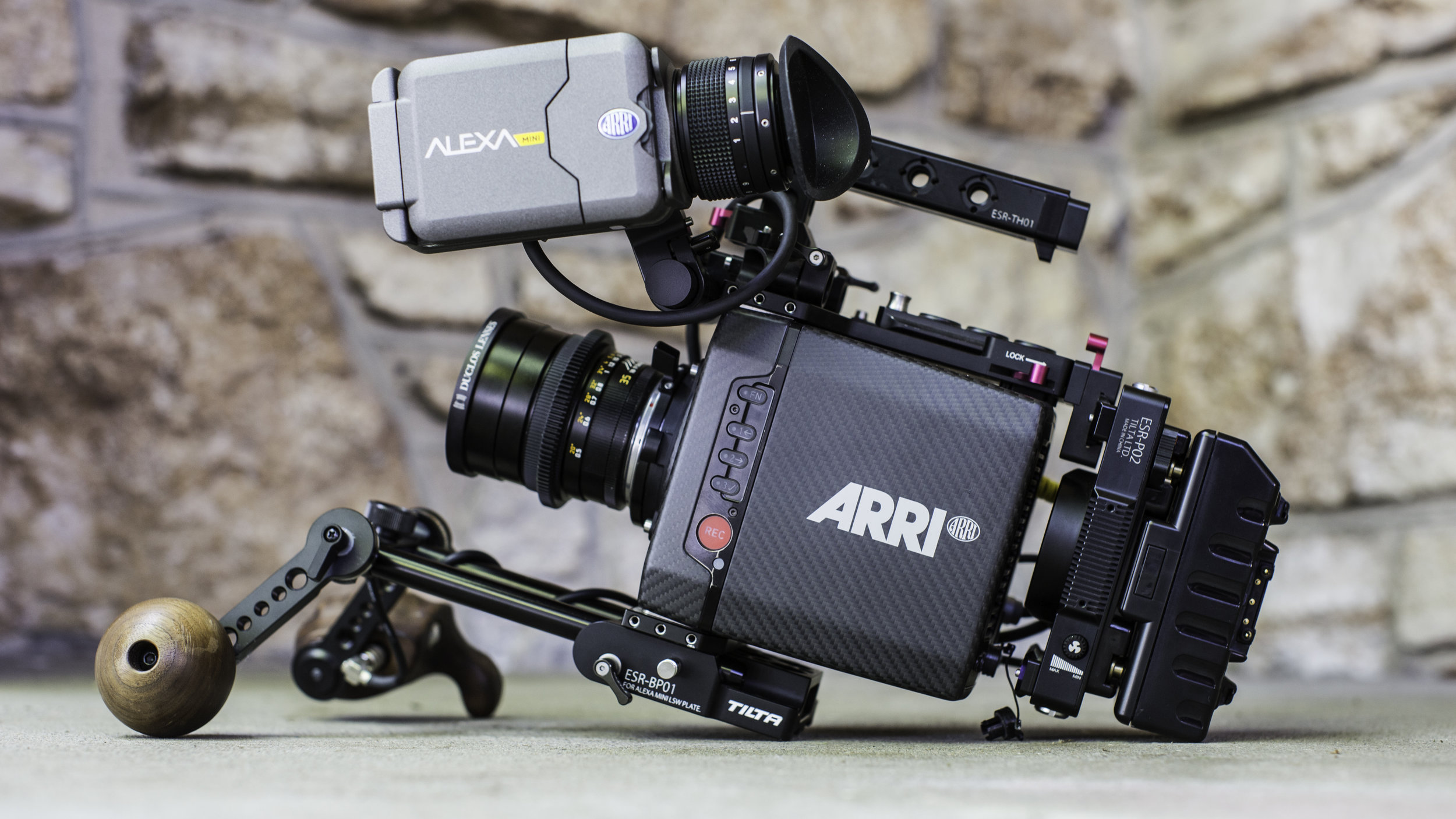 ARRI Alexa Mini - COMPLETE PACKAGE INCLUDES:- Tilta Alexa Mini Rig- ARRI PL and/or EF mounts- 4x256GB CFast 2.0 Cards- Gold Mount with 6 Paglink Batteries (3 - 150wh, 3 - 94wh)AVAILABLE SUPPORT FOR MINI:Small HD 503 Ultra Bright SDI monitorSmall HD 702 SDI monitorErgocine wooden grip handle set with start/stop triggerSachtler FSB 10 TripodEasyrig