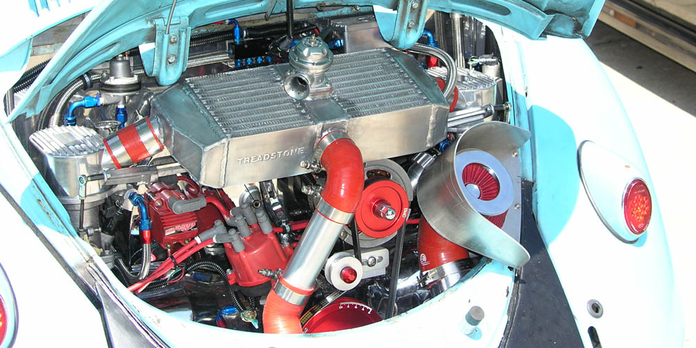 engine compartment.jpg