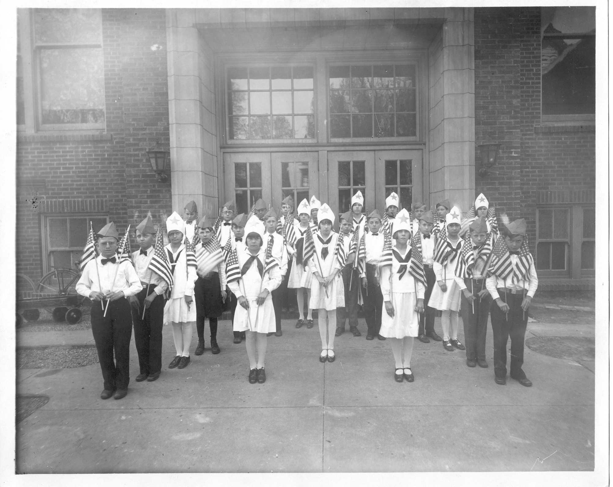 parade1929.jpg