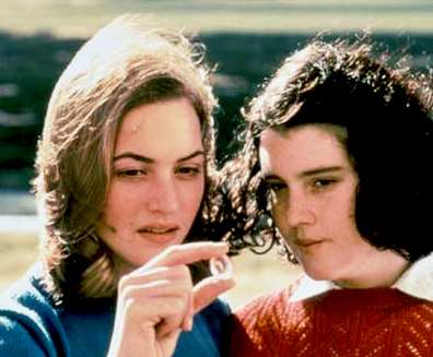 kate_winslet_melanie_lynskey_in_heavenly_creatures.jpg