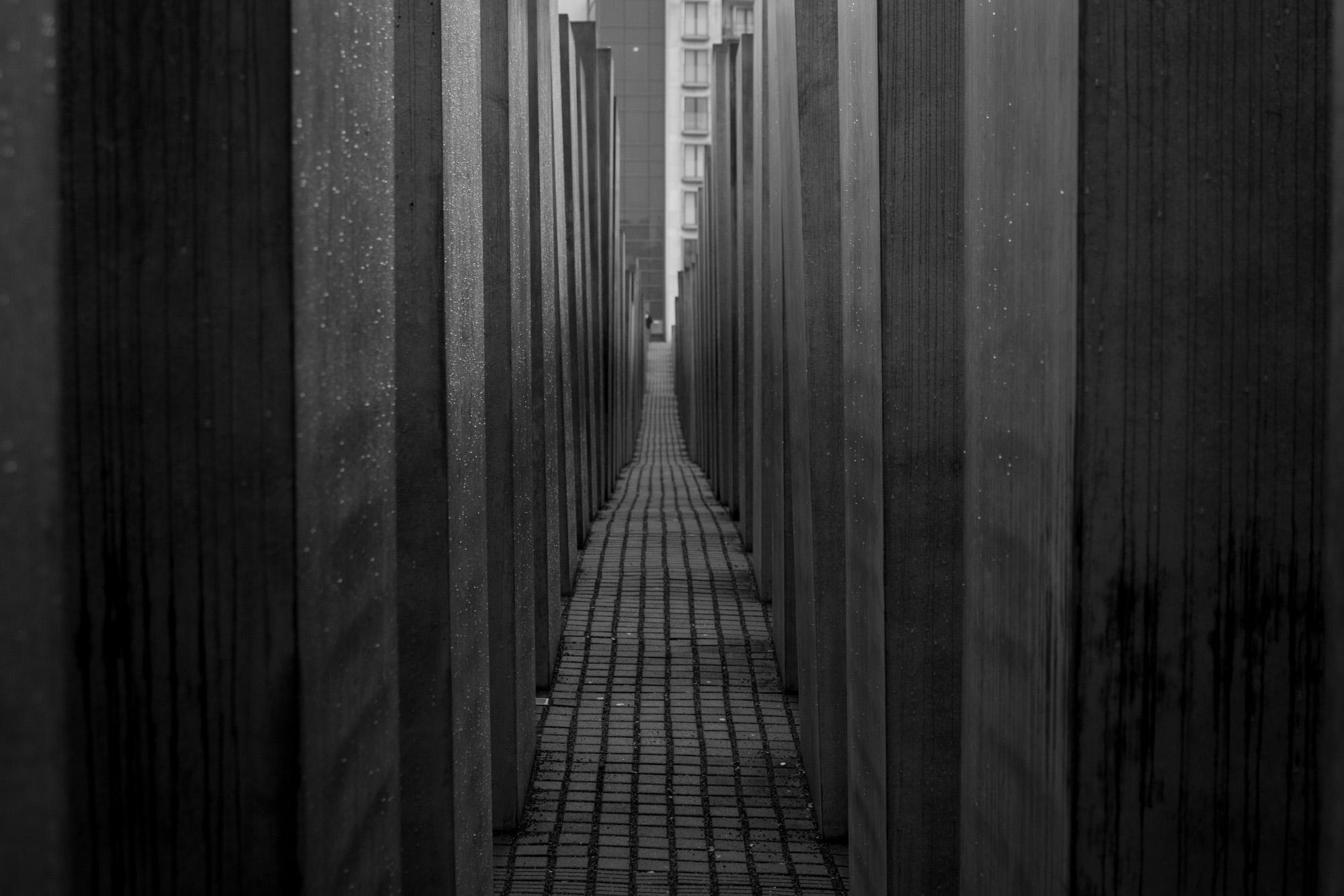 Memorial_03.jpg