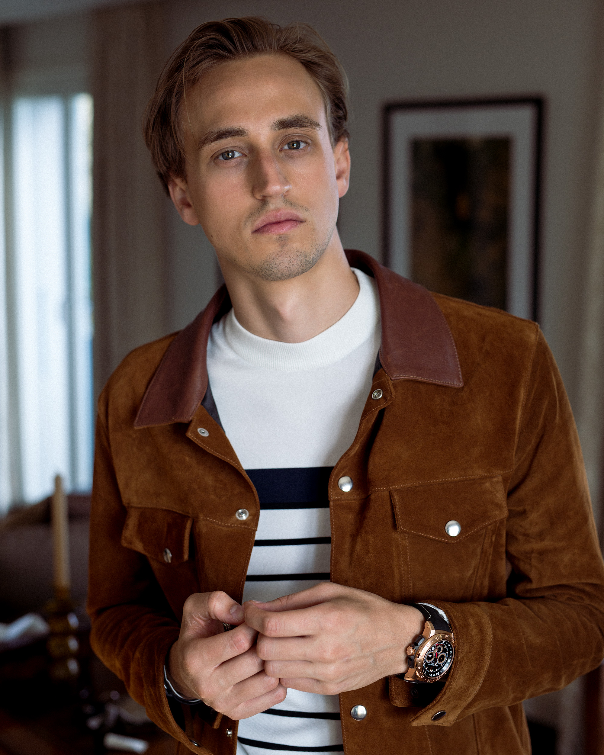Moritz is wearing the Carl F. Bucherer Patravi TravelTec II.
