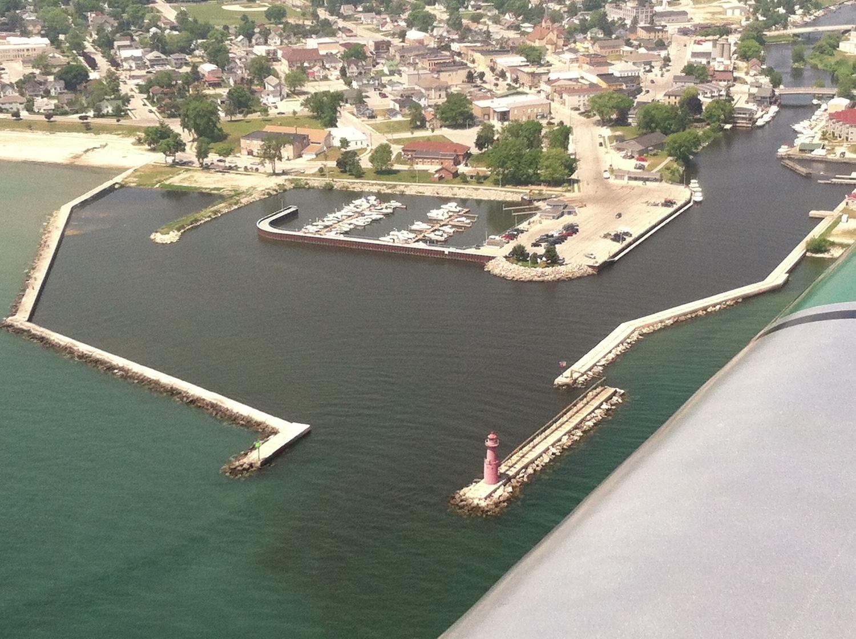 Marina - Aerial view.jpg