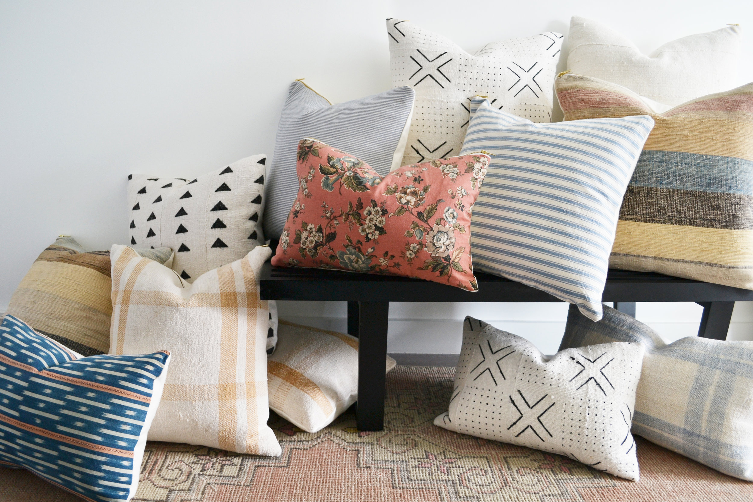 pillows on bench2.jpg