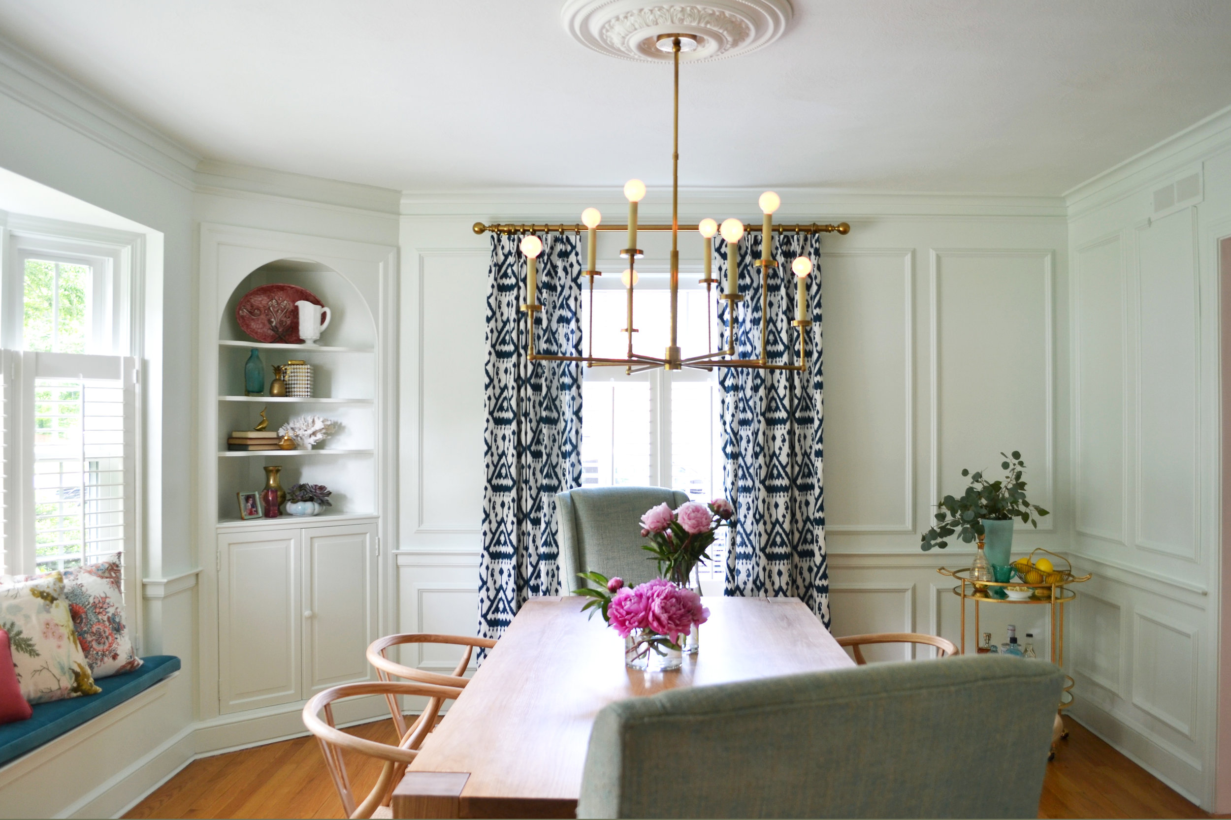 overall dining mint walls.jpg