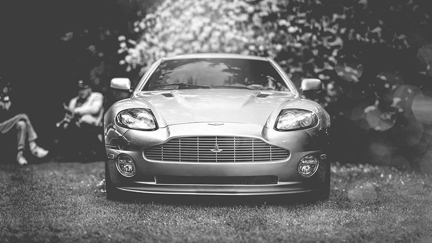 -Aston Martin Vanquish.