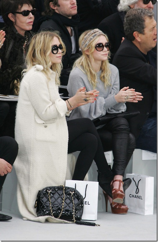 Jacklyn_olsen-twins-at-chanel-couture-fall-2008-fashion-show_thumb.jpg