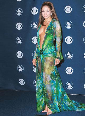 Jennifer Lopez in Versace. Grammy's, 2000.