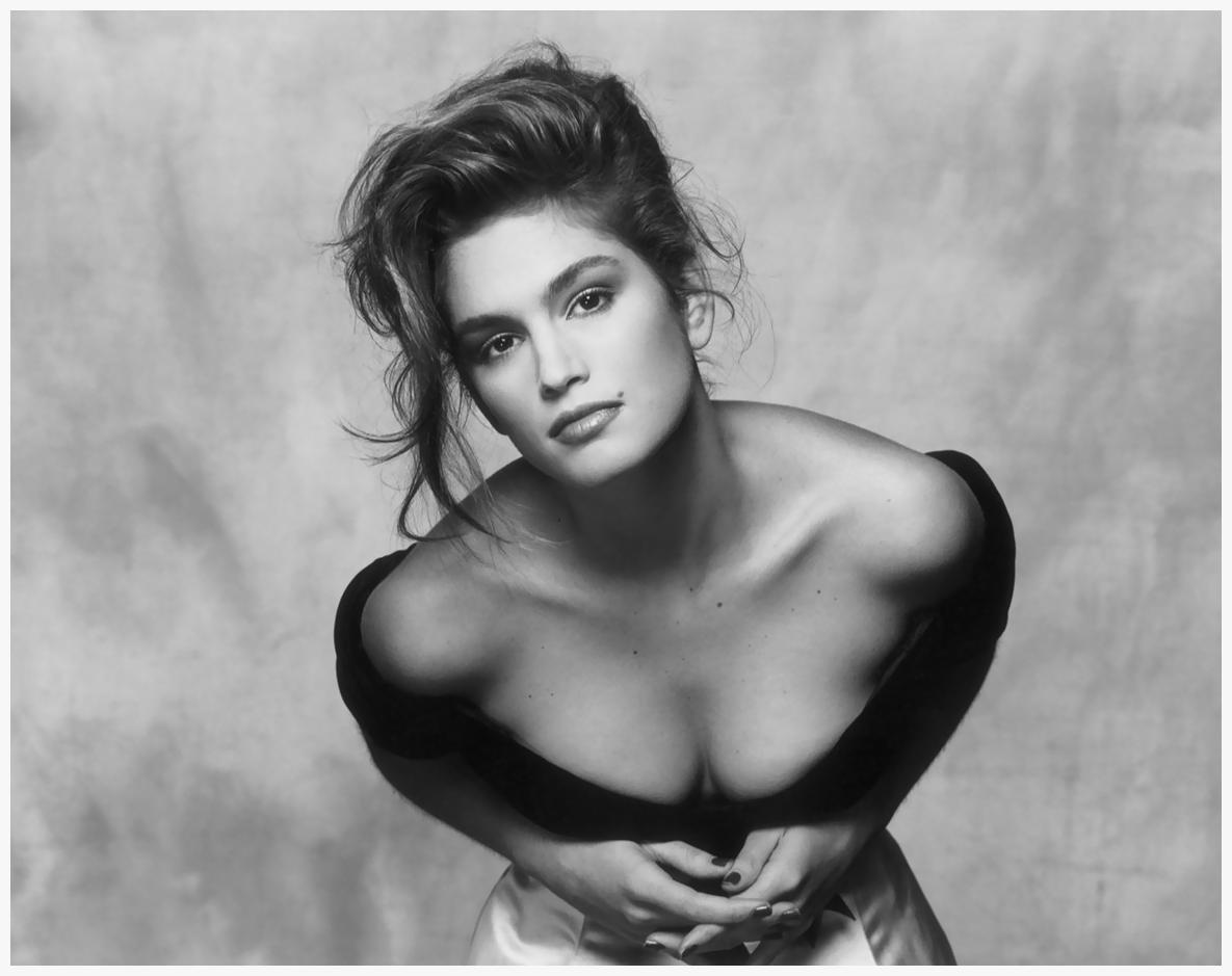 Cindy Crawford.  Vogue , August 1988.