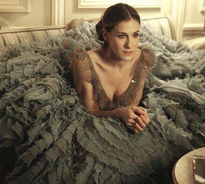 Carrie Bradshw in Paris.jpg