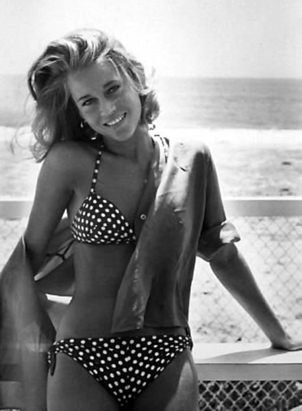 Jane-Fonda-bikini.jpg