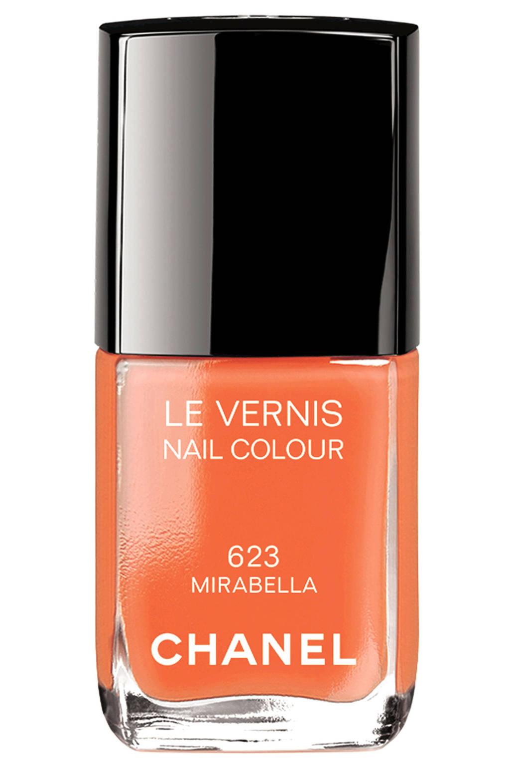 hbz-summer-nails-Chanel-Mirabella-lg.jpeg