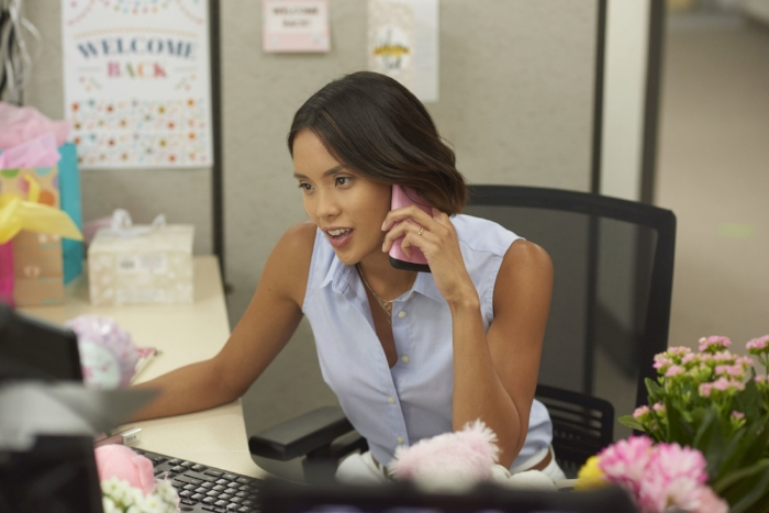 Jenny Matthews – workin' mom in her cubicle.