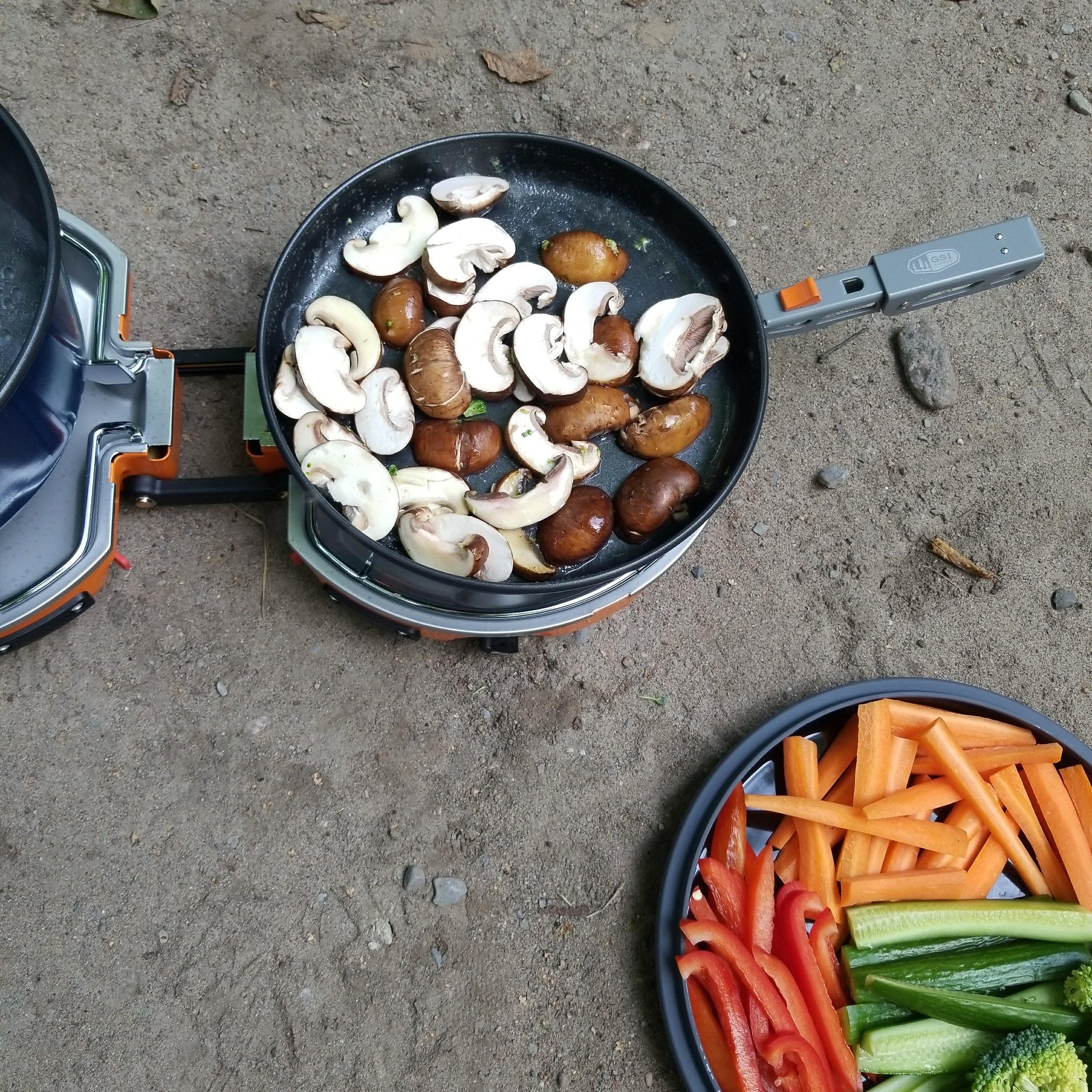 camping-dinner.jpg