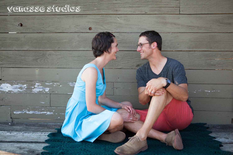 Bainbridge-Seattle-Photographers-Engagement-Couple_005.jpg