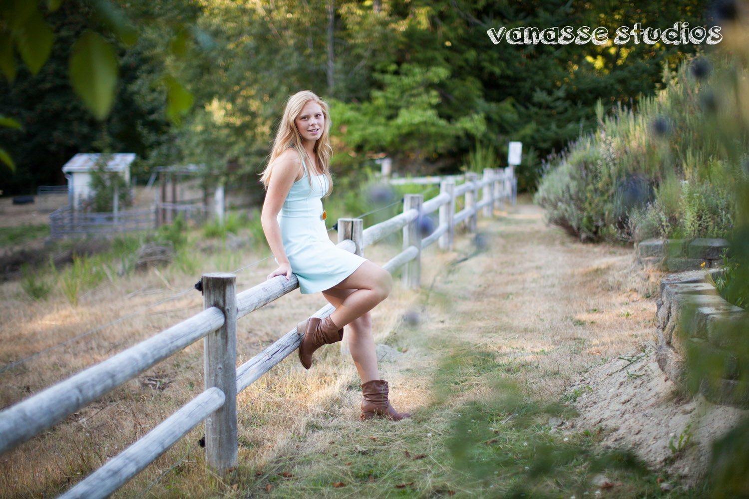 Bainbridge-Island-Senior-Photography-Riley-McCormick_013.jpg
