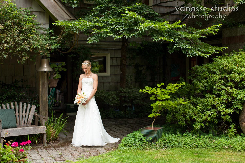 Bainbridge-Island-Wedding-Photographers_LukeLia_017.jpg