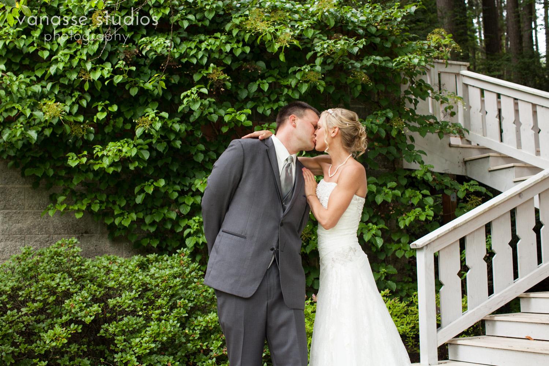 Bainbridge-Island-Wedding-Photographers_LukeLia_024.jpg