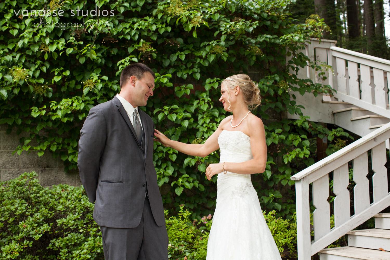 Bainbridge-Island-Wedding-Photographers_LukeLia_025.jpg