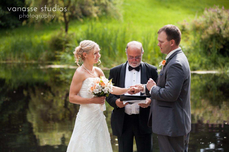 Bainbridge-Island-Wedding-Photographers_LukeLia_033.jpg