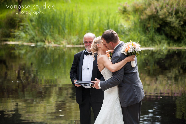 Bainbridge-Island-Wedding-Photographers_LukeLia_035.jpg