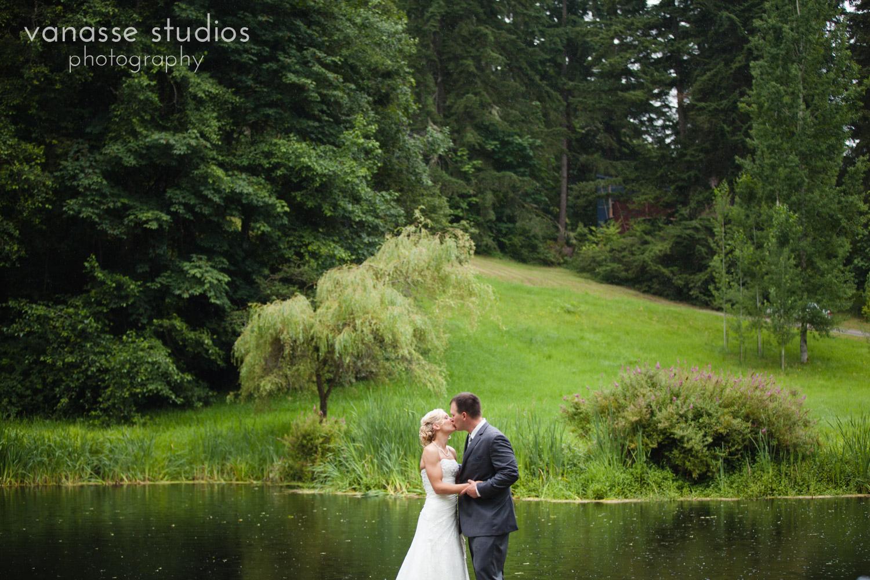 Bainbridge-Island-Wedding-Photographers_LukeLia_041.jpg