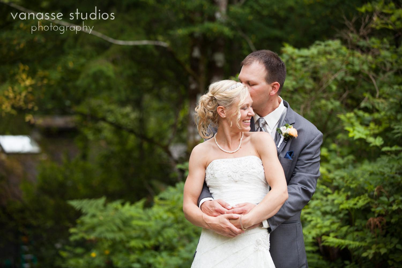 Bainbridge-Island-Wedding-Photographers_LukeLia_043.jpg