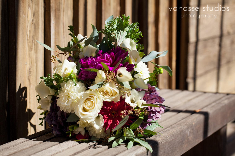 Poulsbo-Wedding-Photographer_ErinandClay_003.jpg