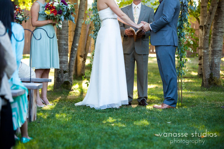 Poulsbo-Wedding-Photographer_ErinandClay_012.jpg