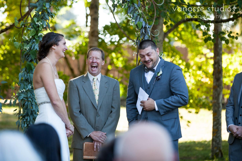 Poulsbo-Wedding-Photographer_ErinandClay_013.jpg