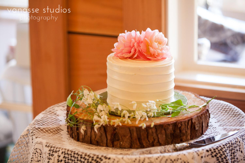 Poulsbo-Wedding-Photographer_ErinandClay_014.jpg