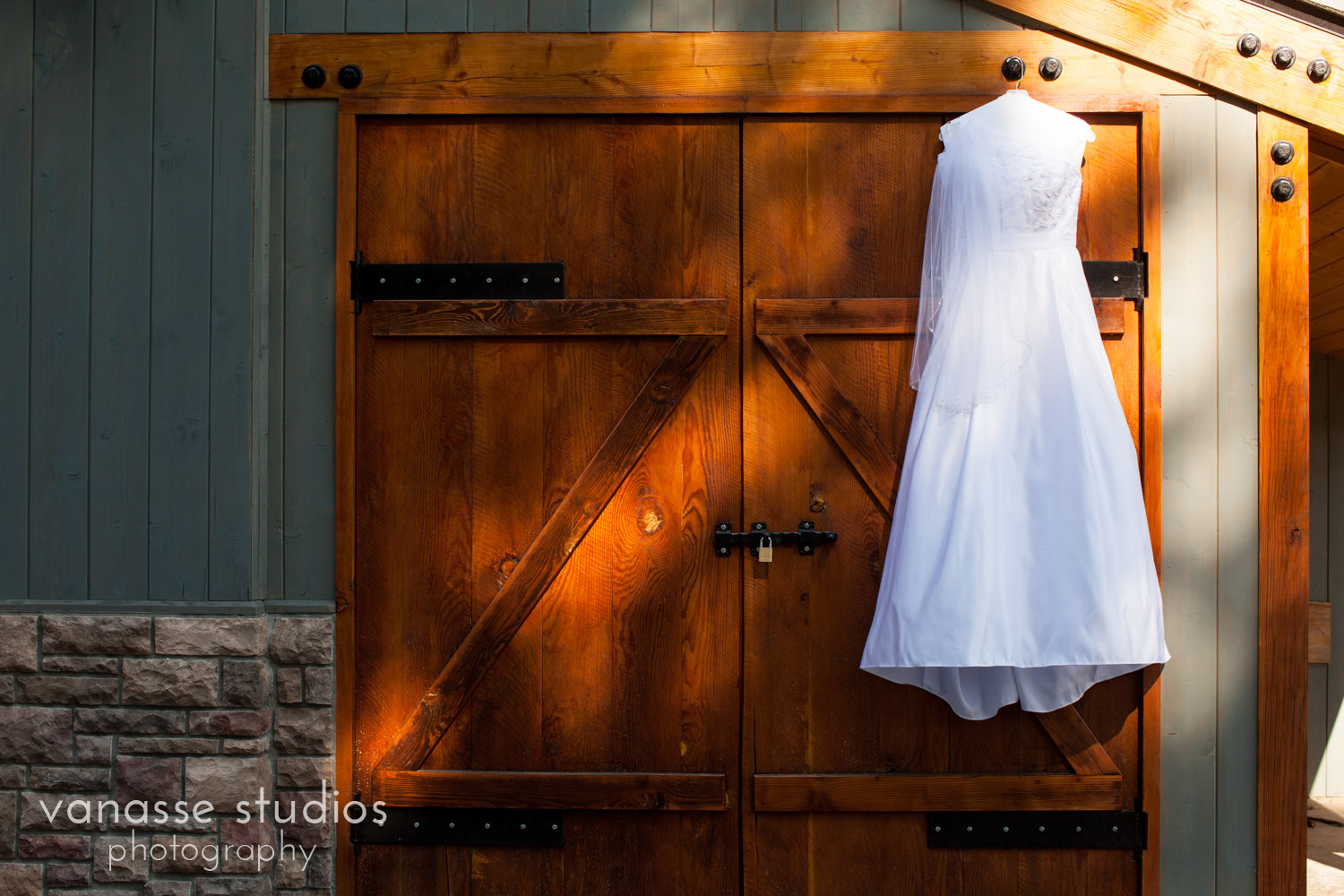 Leavenworth-Wedding-Photographers_AndreaMike_011.jpg