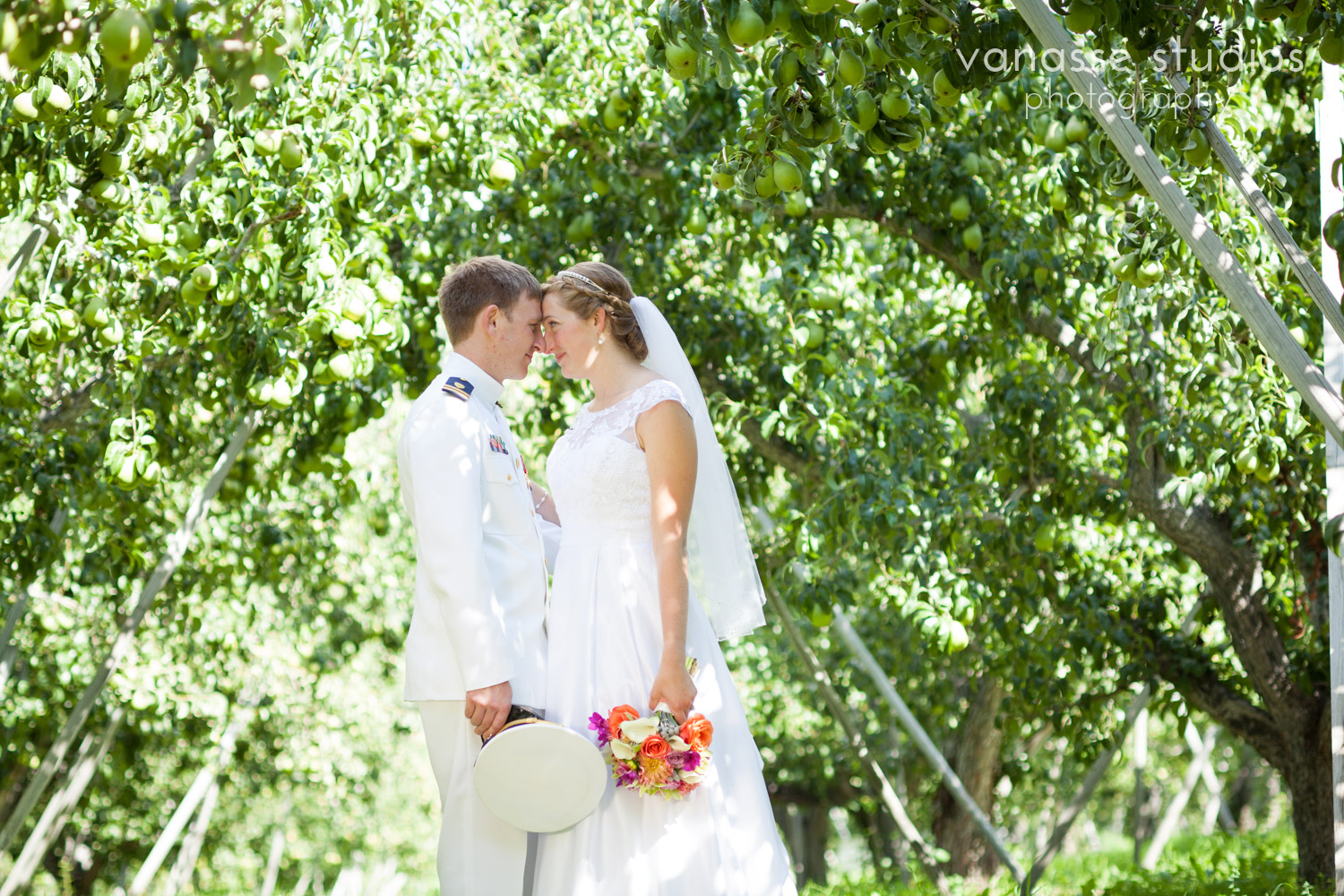 Leavenworth-Wedding-Photographers_AndreaMike_071.jpg